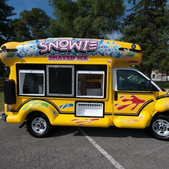 serving-side-straight-snowie-shaved-ice-bus