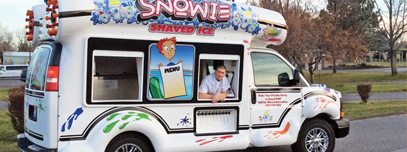 Shaved ice bus